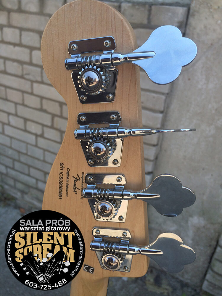 squier_vintage_modified_silent_scream_warszawa_09